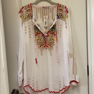 Beautiful Johnny Was blouse size small NWT